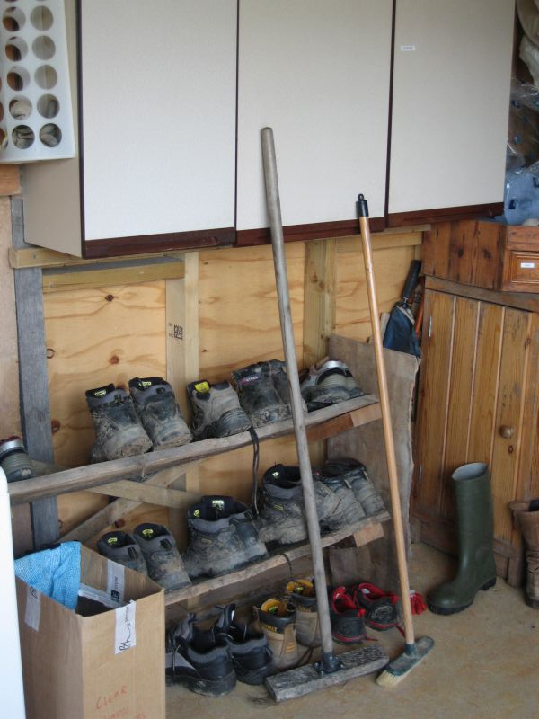 boot room in grow to grow cabin